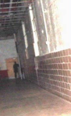 moundsville_penitentiary_shadow_man_ghost_picture_photo_321255-235x384.jpg